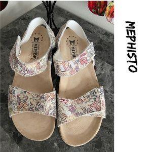 MEPHISTO sandals.